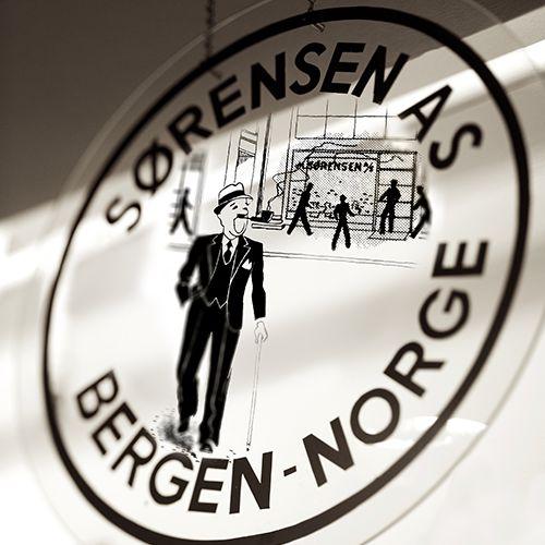 Tobakk Sørensen butikk skilt